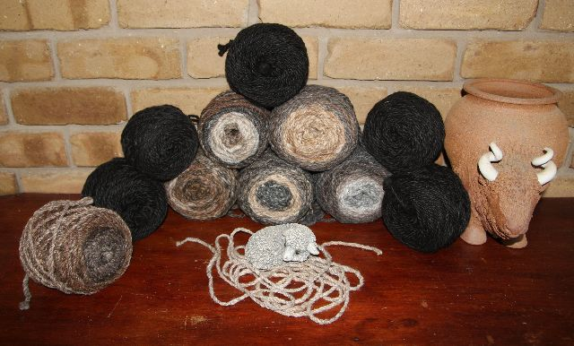 yarn_piles__bison_closeup_2